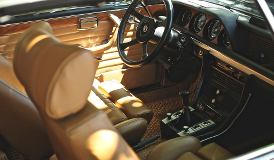 Autostoel leer interieur verven leer verven for Auto interieur reinigen zelf